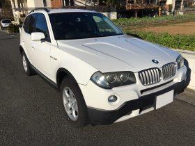 車名: BMW X3 xDrive25i、年式: 平成21年3月、型式: ABA-PC25、色: ホワイト